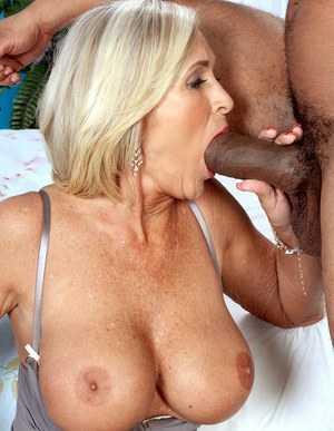 Mature Pussy And Big Cocks
